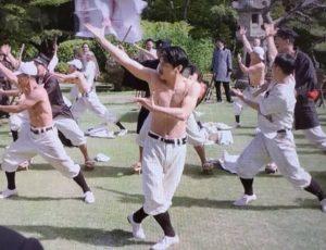 生田斗真さんの天狗ダンスと腹筋画像3