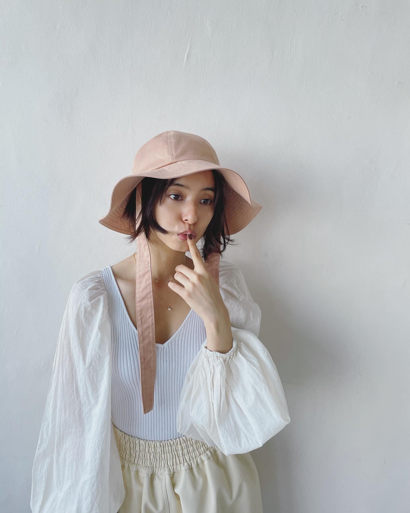 新木優子さんショートヘア画像11